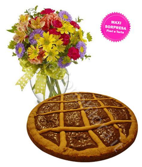 fiori di nutella crostata alla nutella con fiori colorati fiori per