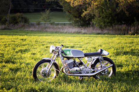 Suzuki T 500 by 1975 Suzuki T500