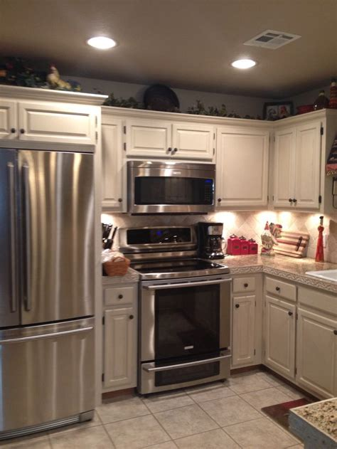 annie sloan kitchen cabinets 112 best images about ascp old ochre on pinterest wooden