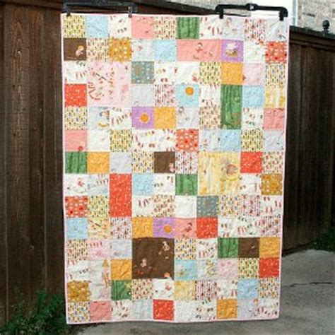 Patchwork Quilt Story - a patchwork story quilt favequilts