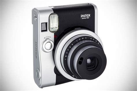 Fujifilm Instax Mini 90neo Classic polaroid 101