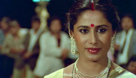 Smita Patil Was Uncomfortable During The Shooting Of ...