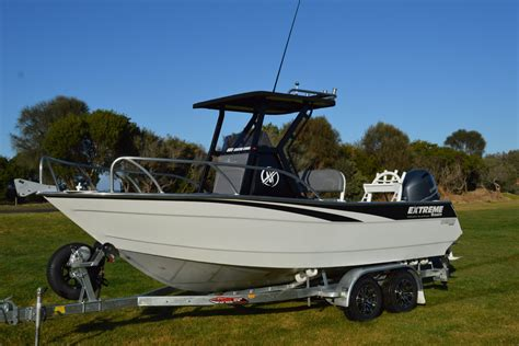 boats with center console extreme 605 center console fishing boat
