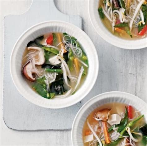 Detox Miso Soup by 25 Best Ideas About Itsu On Lettuce Carbs
