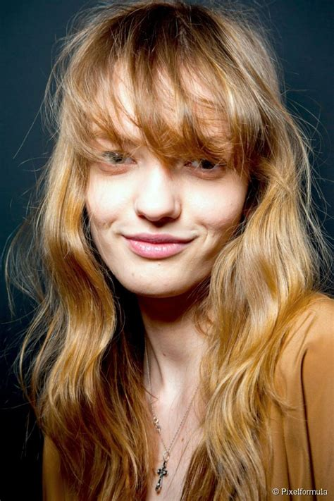 hairstyles with messy bangs long messy bangs for thin hair how to style them