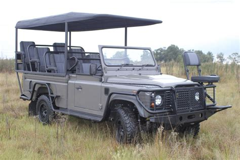 Safari Auto by Land Rover Defender Safari Ev Concept Auto Pl