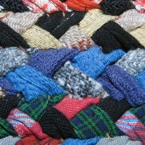 how to make an amish knot rug 234 best images about macrame on paracord bracelets macrame and square knot bracelets