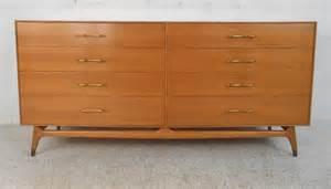 Beautiful Dressers by Beautiful Mid Century Modern Maple R Way Dresser At 1stdibs