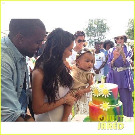 kim kardashian north west birthday party kim kardashian shares photo of baby north at birthday