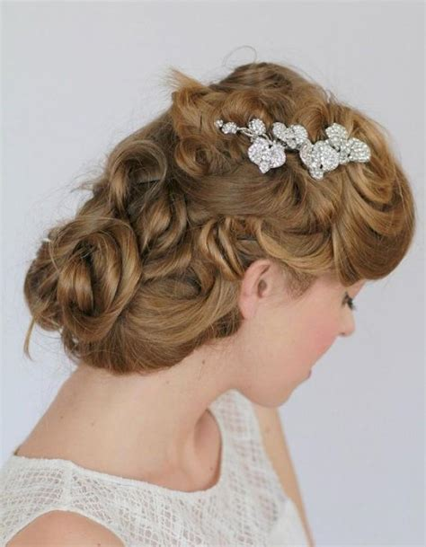 Wedding Hair With Brooch by The Gallery For Gt Kate Middleton Inspired Wedding Dress