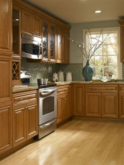 findley myers beacon hill red oak kitchen features solid