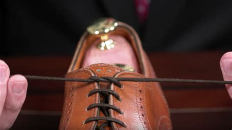 Dress Shoe Knot by The Berluti Knot Best Knots For S Dress Shoes