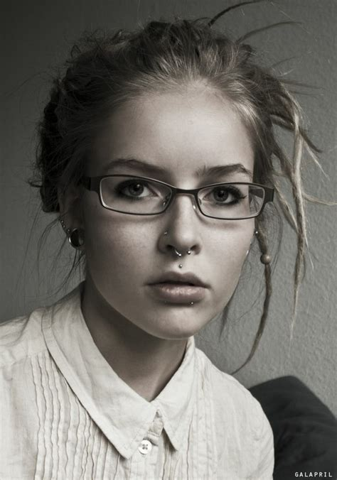 perfect wedding hairstyle medusa and a glass of bubbly 2 septum piercing 31 edgy exles of facial piercings