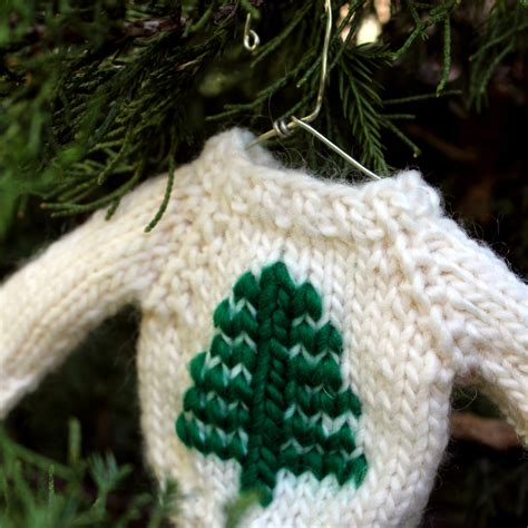 christmas knit pattern tree mini sweater ornament knitting