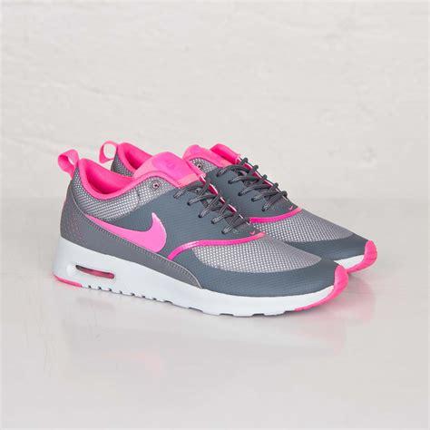 Nike Air Max Thea Grau Pink 528 by New Arrivals Nike Air Max Thea Lyser 248 D Sort 6f5ad 5a452