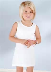 kinderfrisuren lange haare mädchen die 25 besten ideen zu m 228 dchen bob haarschnitte auf kurze haarschnitte f 252 r kleines