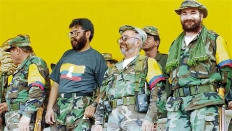 imagenes historicas farc abuso farc leader doubles down on peace ends all arms purchases