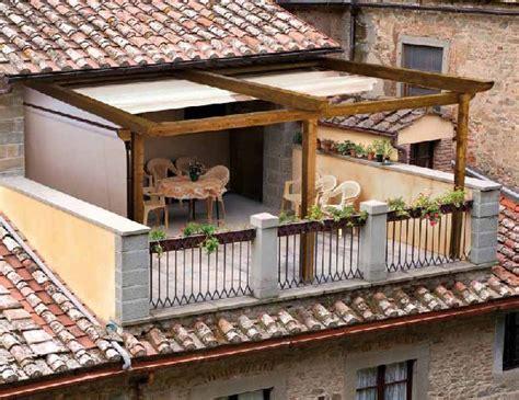 pergolato per terrazzo consiglio di stato costruzione pergolato in legno su