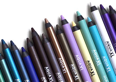 Eyeliner Pensil Make Up Forever makeup review swatches les crayons