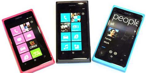 Hp Nokia Lumia Dan Nokia Xl nokia lumia 800 dan 710 mulai dijual di indonesia