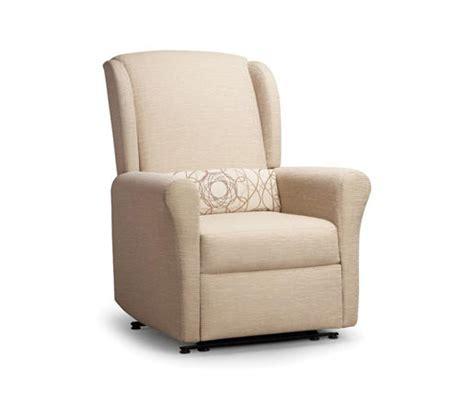 back saver recliner facelift 2 revival wall saver wing back recliner elderly