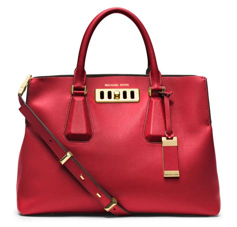 can the michael kors satchel convert new fans to