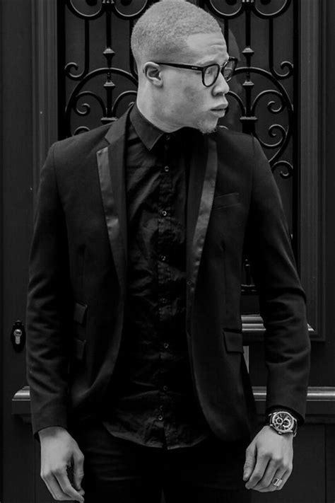 Hassan KONÉ- Fiche Artiste - Artiste interprète