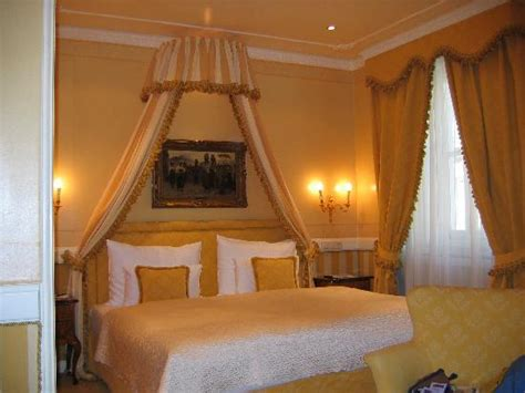 Best Bunk Beds In The World One Of The Best Beds In The World Picture Of Cafe Sacher Vienna Vienna Tripadvisor