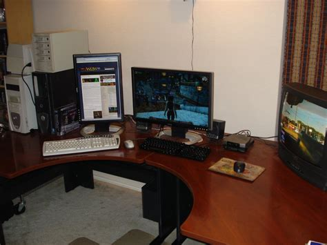 corner gaming computer desk rooms