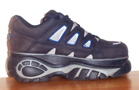 buffalo footwear
