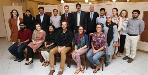 Lums Pakistan Mba by Us Consul General Visits Lums Office Of Marketing And