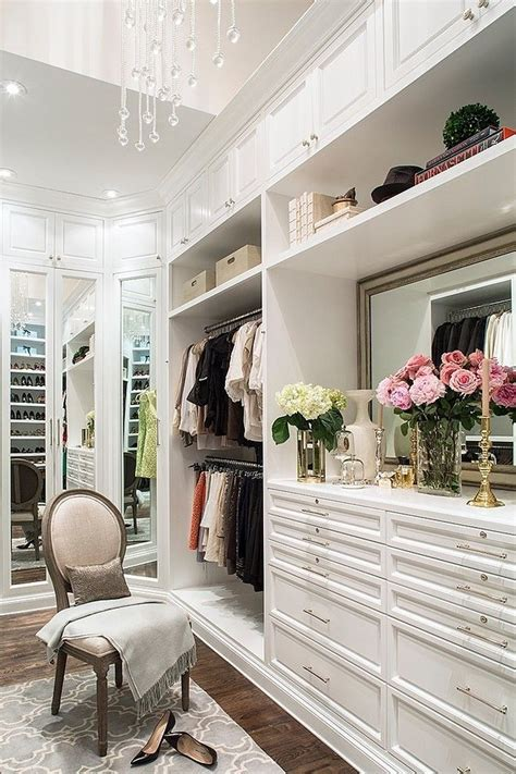 How To Spell Closet by 3 Tips To Declutter Your Closet Spelling It Out
