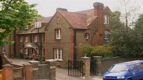 Where Is The Story House Located by Stowey House Tracy Beaker Wiki Fandom Powered By Wikia