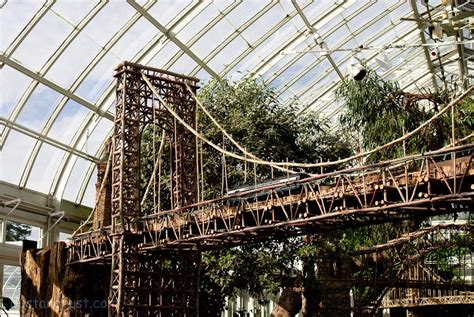 One Of Many Nyc Bridges Reproduced At The Show New York Botanical Garden Show