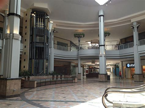 granite run mall    life  retail