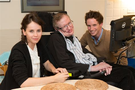 lucy review moargeek the theory of everything trailer moargeek