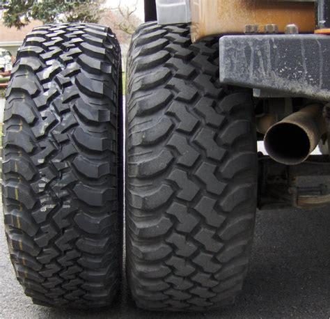 Jeep Wrangler Stock Tire Size Jeep Cj To Jeep Wrangler Jk Comparison Jeepfan