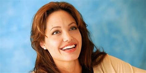 film the tourist adalah angelina jolie aktris hollywood termahal kapanlagi com