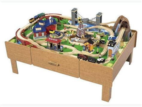 imaginarium express table imaginarium table with roundhouse wooden