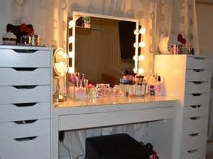 Large Bedroom Vanity Makeup Vanity With Drawers For A Bedroom The Homy Design