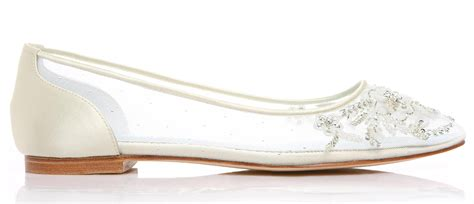 wedding flats shoes makes you feel comfortable with wedding flats on your