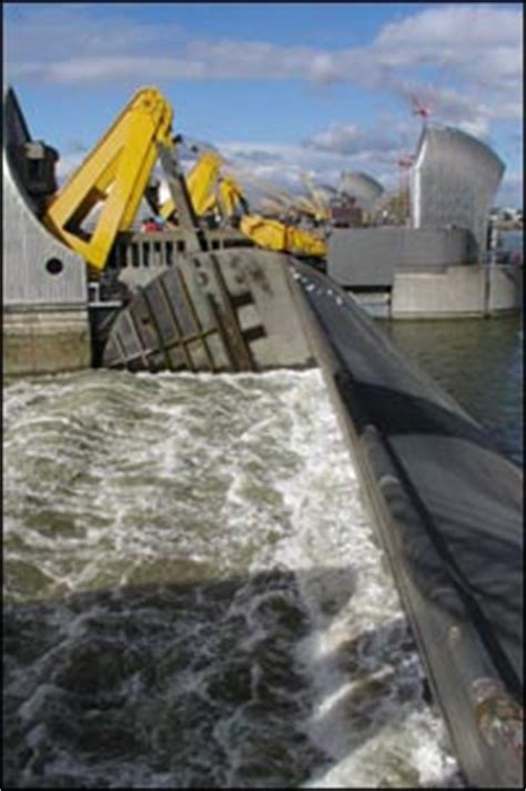thames barrier how to get there bbc news science nature on the rise the thames in 2100