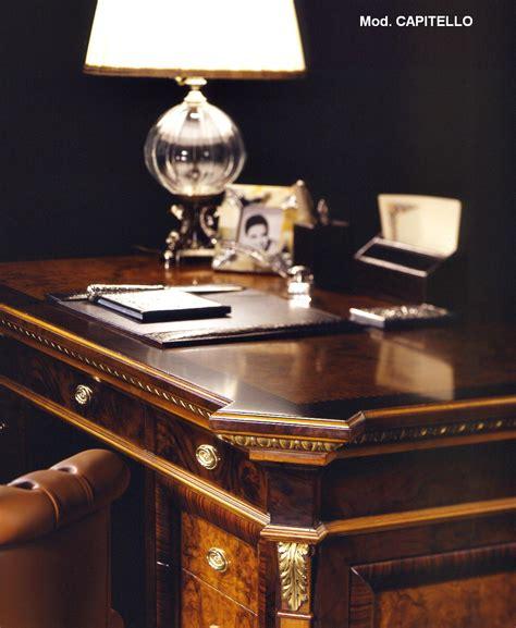 scrivania stile inglese scrivania stile inglese capitello esposizione artigiani