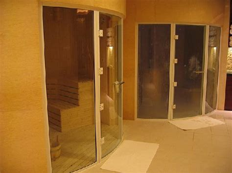 la fitness steam room futuristic shower pods in the picture of shangri la hotel beijing beijing tripadvisor