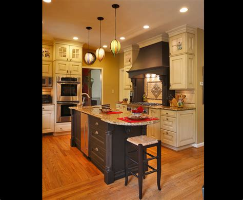 traditional kitchen designs photo gallery traditional kitchen design gallery triangle kitchen