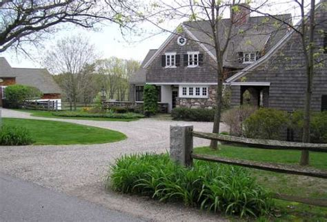 charming country home driveways driveway