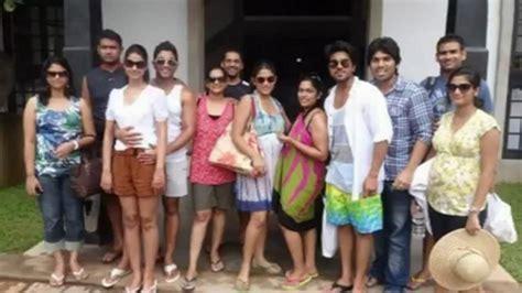 Adressaufkleber Familie by Allu Arjun Pics