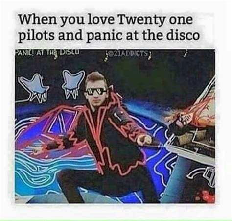 panic at the disco a picture with books 363 best images about twenty one pilots on