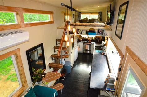 Big Country 5th Wheel Floor Plans by Tiny House On Wheels With Indoor Outdoor Entertaining