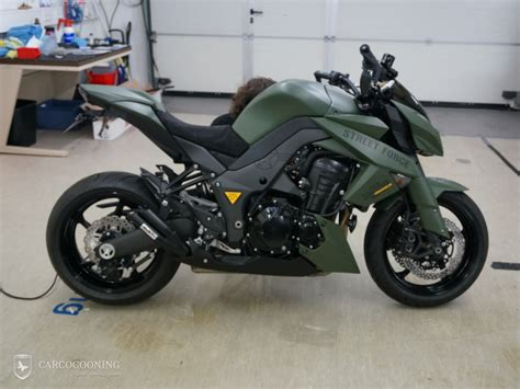 matt folierung carcocooning motorrad folieren einer kawasaki z1000